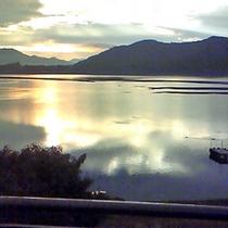 早朝の河口湖