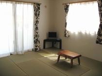 琉球ビーグの和室