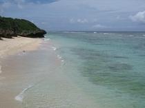 この海!独占・・・真夏の繁忙期でもこのプライベート感・・・!