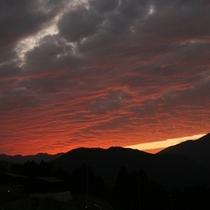 △熊野倶楽部 とある日の朝焼け