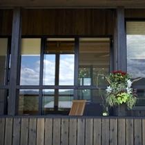 ◆(やすらぎの座 青龍)窓辺
