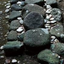 △産田神社にある最古の神の宿り場-ひもろぎ-