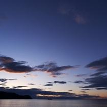 △熊野灘と空
