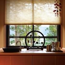 ◆(咲ら村 新月庵)窓辺