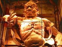 【ナイトツアー】金剛力士像「吽形」