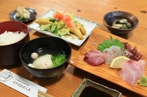 粟穂定食②