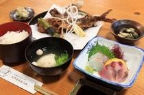 粟穂定食①