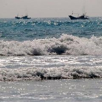 【観光】 富田浜サーフィンスポット! お車で約10分