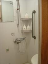 24時間ご利用可能なシャワー室(各フロアーに御座います)