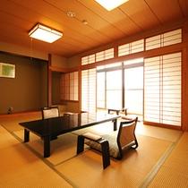 シンプルながら静観な和室
