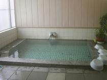 大浴場のお湯は100%天然温泉掛け流し