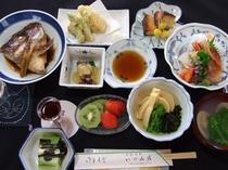 夕食例、おいしい山形!郷土料理プラン【ほどほどコース】(全体)