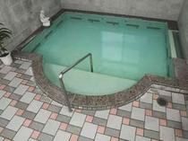 2. 疲労回復に効果的なトロン温泉