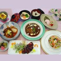 *【お夕食一例(ファミリープラン)】朝日町の美味しいものを召し上がれ♪