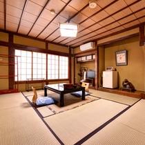 *【和室10畳客室一例】落ち着いた雰囲気の和室でのんびりお寛ぎ下さい。