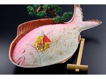 大鯛の塩釜焼