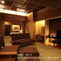 """<ヴィラ海の庭""""楽園""""客室一例>(和室〜ベッドルーム)"""