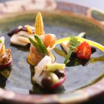 【前菜】 目にも楽しい季節の彩りの一皿(イメージ)