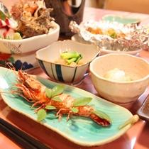 *【夕食一例】沼津ならでは海の幸たっぷりのご夕食をご用意いたします。