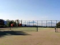 テニスコートから富士山♪