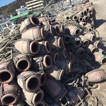 下津井漁港のタコ壺