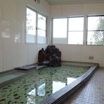 *お風呂/男女入替え制となっております。