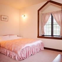 *【客室一例】カップル・ご夫婦にオススメのダブルベッドのお部屋