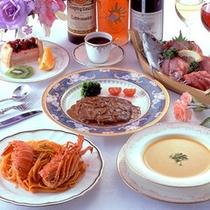 【夕食一例】海の幸や伊勢海老・牛ヒレを使用したコース料理。