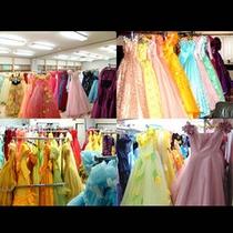 館内には約1000着のドレスが揃います♪