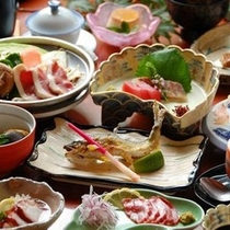 【夕食・湯之迫会席の一例】