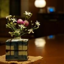 可愛らしい季節のお花が気持ちを和ませてくれます。