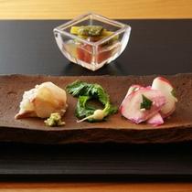 【お料理一例】天然細魚(鯛)糀和え