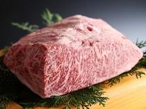 但馬牛のステーキ