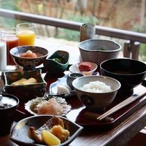 ご朝食一例(和定食)