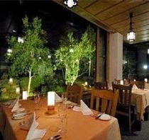 イタリアンレストラン(夜)