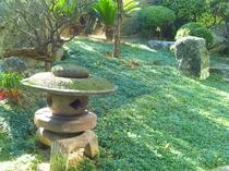 フロントロビー(庭園)