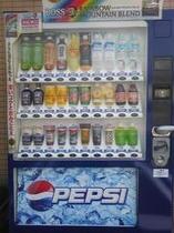 玄関横の自動販売機