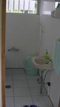 小部屋のトイレ&風呂場2