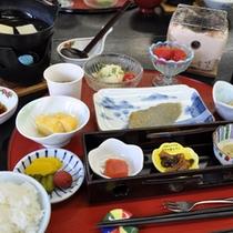 【朝食】旬の食材を取り入れた朝食
