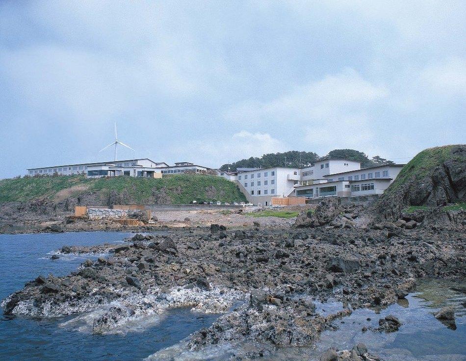 津軽西海岸にある海辺のホテル