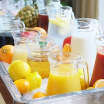 フレッシュジュース♪朝の一杯は重要です♪