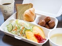 【朝食】簡易容器にてお部屋でもお召し上がりいただけます