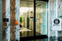 1F客室階行きエレベーター