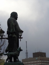 【上野公園】西郷さんと東京スカイツリー(R)