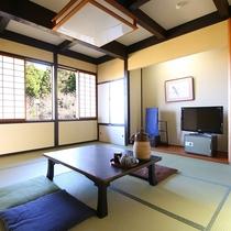 ◇【和室10畳】ゆったり過ごせる広々としたお部屋