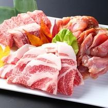■【基本の戦国料理】飛騨牛、岩村豚、恵那地鶏を囲炉裏炭火焼きで!※写真は4人前。