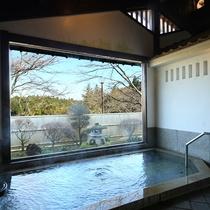 □【男性大浴場】ごゆっくりお寛ぎください。