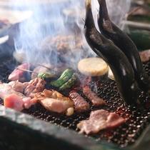 ■【囲炉裏炭火焼き】じっくり焼いた川魚は骨まで柔らか!