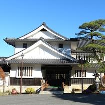 ◆岩村山荘 玄関