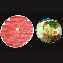 *【夕食一例】すき焼き肩ロース4人前 やっぱりすき焼き!食べ応えがあります!!